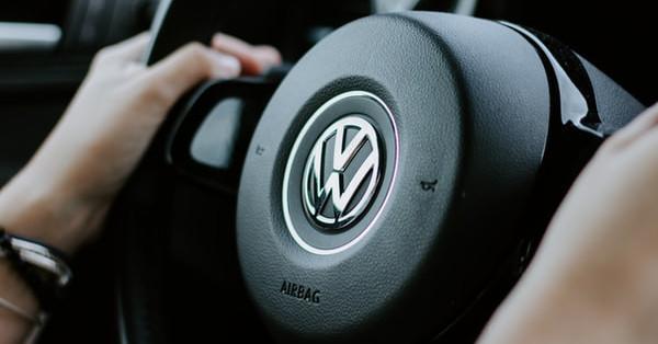 Volkswagen using 3D printed car parts